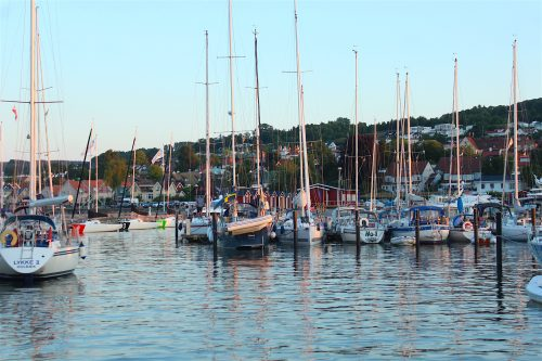 marina water sky sweden båstad boats masts boatingthebaltic.com