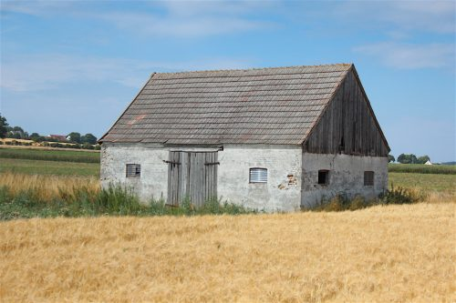 mårup samsoe denmark blue sky field island house